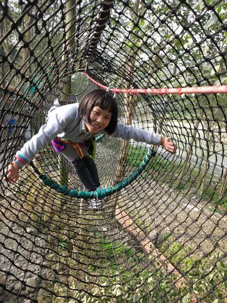 聯拓團建-成都親子活動-叢林飛躍
